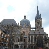 "Foto: FuFu Wolf: Aachen Dom - Zeitmix (<a href=""https://creativecommons.org/licenses/by/2.0/"">CC BY 2.0</a>)"